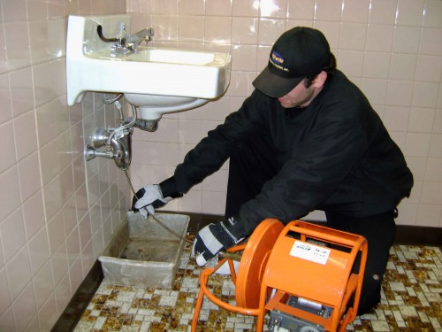 Drain cleaning in Santa Clarita, CA by best, local plumbers in the industry