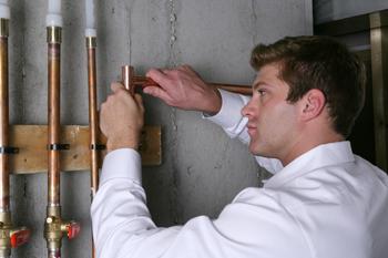 Best plumbers in Santa Clarita for leak detection.